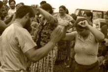 03-gypsy-woman-dancing-2