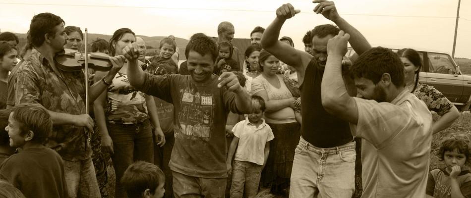 08-gypsy-men-dancing-5 | Village Hotel Maramures