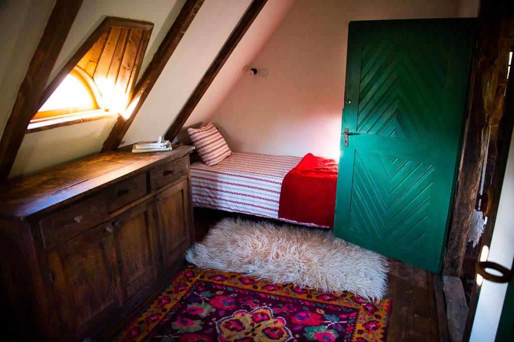 twin-room-village-hotel-4